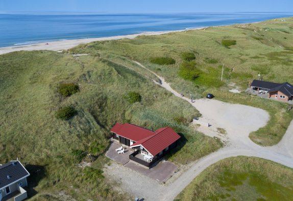 Skønt bjælkehus med sauna tæt på Vesterhavet i Danmark