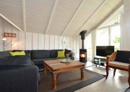 Hübsches Ferienhaus mit Sauna und Whirlpool (Bild 3)