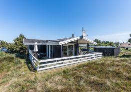Gemütliches Ferienhaus mit einem Carport