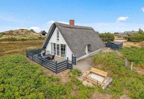 Gemutliches Energiesparendes Ferienhaus Mit Reetdach Esmark