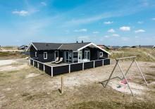 Et dejligt feriehus kun 250 meter til Vesterhavet