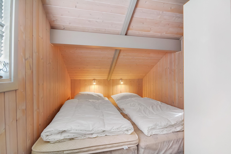 Gepflegtes sommerhaus mit sauna und whirlpool - Sauna whirlpool ...