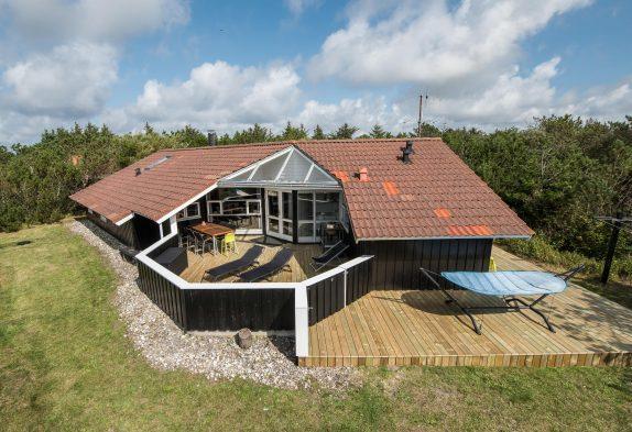 Luksusferiehus i Vestjylland med standvandsspa og sauna