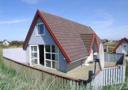 Velholdt og energivenligt feriehus med lukket terrasse