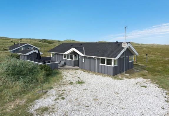 Alvorlig Skønt ikke-ryger-hus med flot udsigt tæt på stranden - LT-04
