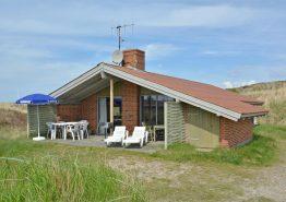 Sommerhus med sauna og internet på skøn naturgrund