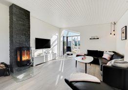 Modernes Ferienhaus mit Sauna und Whirlpool (Bild 3)