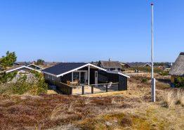 Hyggeligt sommerhus i Bjerregård til 4 personer og med brændeovn. Kat. nr.: BB1127, Dortheasvej 59A;