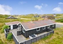Strandhus med lukket terrasse og med hund tilladt. Kat. nr.:  C3031, Skodbjergevej 9;