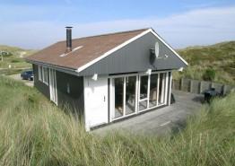 Schönes Ferienhaus in ruhiger Lage & schöner Aussicht. Kat. nr.:  C3074, Sandvej 9;