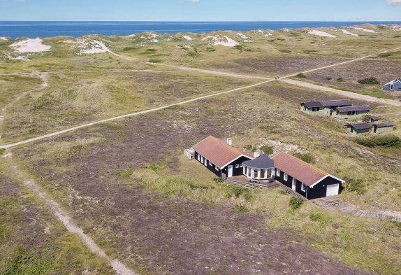 Dejligt feriehus med unik beliggenhed og panoramaudsigt, tæt på hav