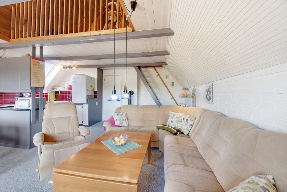ruhig gelegenes ferienhaus mit gro er terrasse esmark. Black Bedroom Furniture Sets. Home Design Ideas