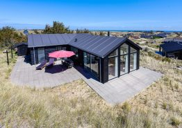 Schickes Nichtraucherhaus mit Sauna dicht am Strand. Kat. nr.: D3539, Baunebjergvej 45;