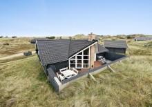 Gemütliches Holzferienhaus mit tief gelegener, geschlossener Terrasse. Kat. nr.:  D3608, Fjordbjerrevej 23;