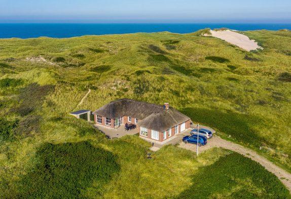 Tolles Luxusferienhaus in guter Lage dicht am Strand