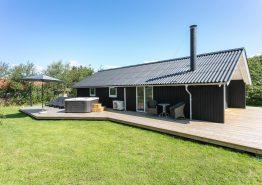 Gemütliches Ferienhaus mit Außenwhirlpool (Bild 1)