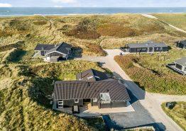 Tolles Ferienhaus mit Sauna und Whirlpool, nur 150m vom Strand (Bild 1)