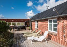 Lækkert sommerhus med udespa og infrarød-sauna. Kat. nr.:  E4061, Engsvingelvej 2;