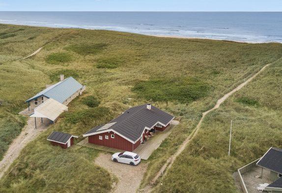 Haus auf ruhigem Naturgrund nah der Dünen und dem Meer