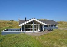 Hus på naturgrund med sydvendt terrasse og sauna