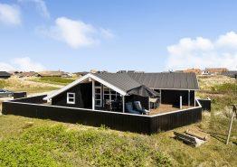 Schönes Ferienhaus – 200 Meter bis zum Strand