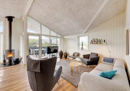 Schönes Sommerhaus in schöner Umgebung dicht am Meer (Bild 3)
