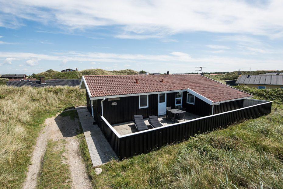 sch nes ferienhaus nur 100 meter bis zur nordsee. Black Bedroom Furniture Sets. Home Design Ideas