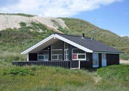 Schönes Ferienhaus mit Aussicht nah am Meer und Strand. Kat. nr.:  E4734, Karen Brands Vej 153;