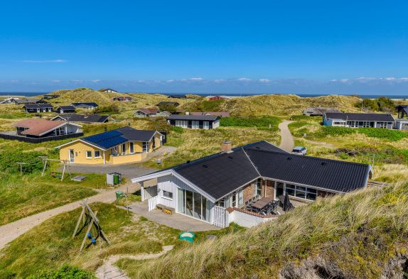 RenoviertesPoolhausmit Sauna und Spa, nur 100 m vom Strand!