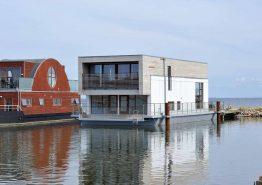 Husbåd i Mamrelund i høj kvalitet og med skøn udsigt (billede 1)