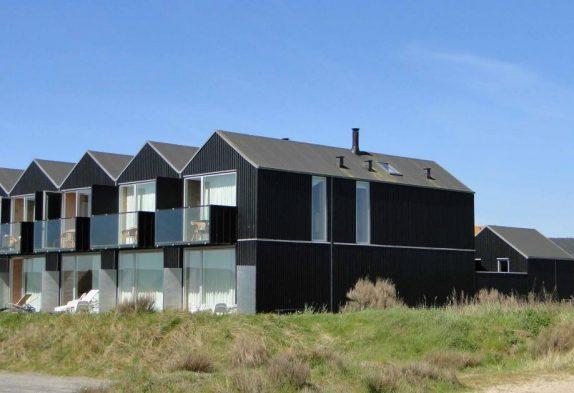 Sommerhus med udsigt over slusen i Hvide Sande