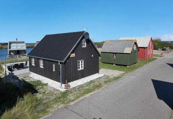 Feriehus med skøn beliggenhed ved fjorden