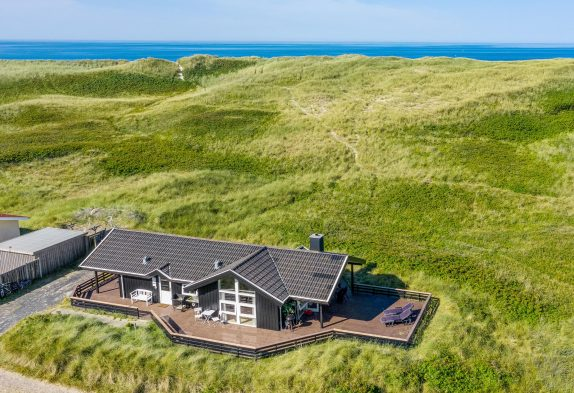 Ferienhaus an der äußersten Dünenreihe dicht am Strand