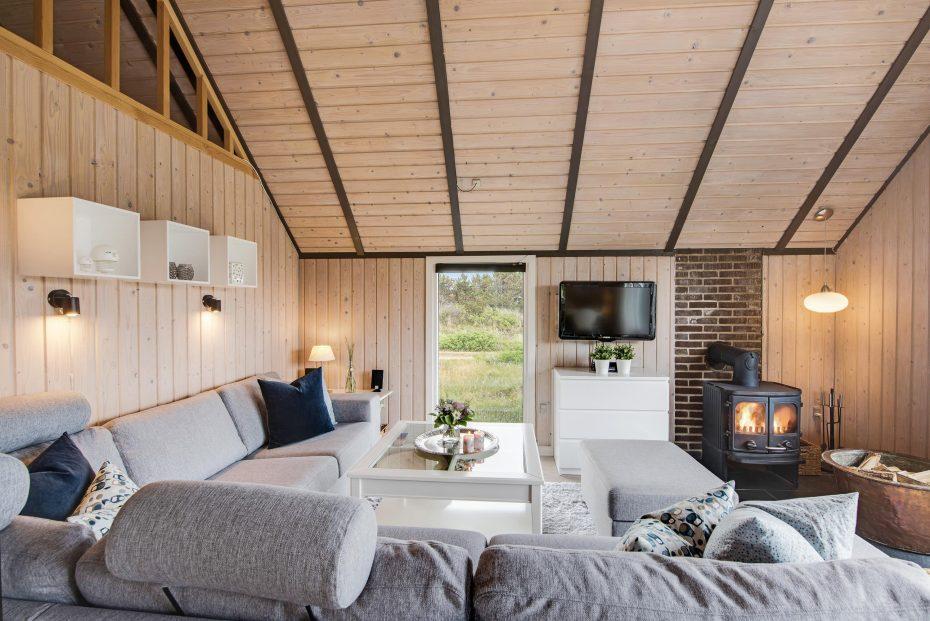 gem tliches ferienhaus f r 4 personen mit whirlpool. Black Bedroom Furniture Sets. Home Design Ideas