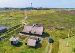 Charmerende stråtagshus med fantastisk udsigt til Fyret. Kat. nr.: G5334, Fyrmarken 71;