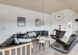 Strandnært nyrenoveret hus med sauna, spa og gæste-wc (billede 3)