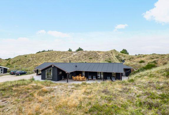 Modernes Aktivitätshaus für 8 Personen mit Whirlpool und Sauna