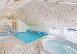 Großes Sommerhaus für 12 Personen und mit Swimmingpool (Bild 3)