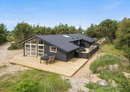 Strandnahes und gemütliches Ferienhaus mit Sauna und Kamin