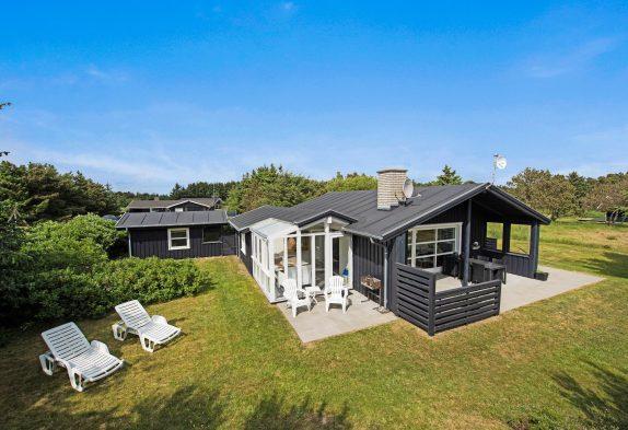Schönes Nichtraucherhaus, attraktiv am Strand und am Fischsee gelegen