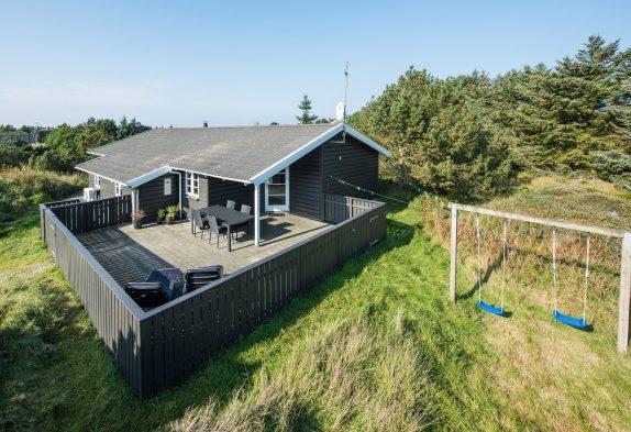 Ferienhaus mit Wärmepumpe auf ruhigem Naturgrundstück