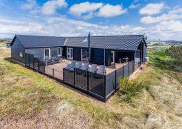 Modernes Ferienhaus mit Whirlpool und toller Terrasse