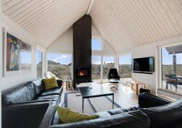 Ferienhaus mit windgeschützten Plätzen auf der Terrasse (Bild 3)