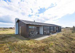 Dejligt feriehus på naturgrund tæt på stranden. Kat. nr.:  H5747, Fladsbjergvej 43;