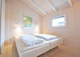 Sommerhus med sauna, opvaskemaskine og et gyngestativ (billede 3)