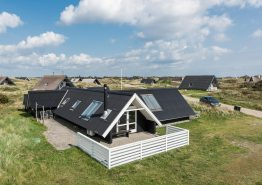 Gemütliches Ferienhaus mit Whirlpool in strandnaher Lage (Bild 1)