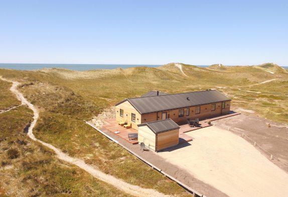 Ferienhaus mit Billard in erster Dünenreihe
