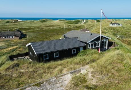 Skønt feriehus med smuk udsigt over Vesterhavet