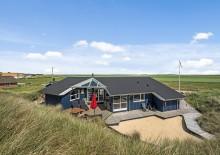 Ferienhaus mit toller Terrasse in der Nähe vom Strand. Kat. nr.:  J6398, Krogen 35