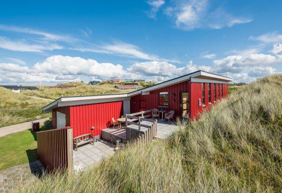 Charmantes, strandnahes Sommerhaus mit herrlichen Terrassen